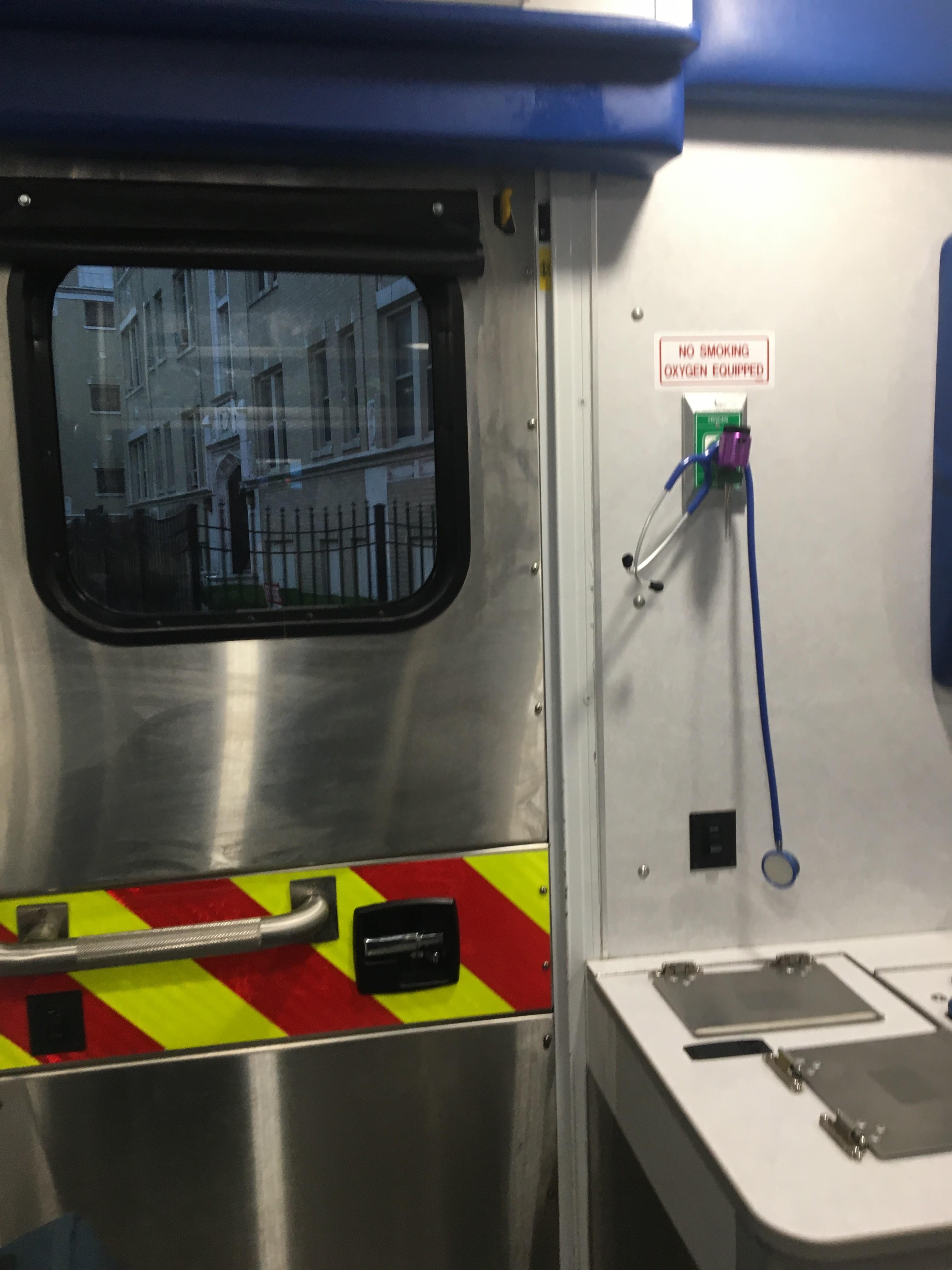 IMG 3943 1 Ambulancier : le site de référence Immersion chez les EMS Paramedic aux USA - Les images
