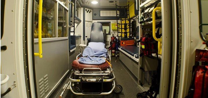interieur ambulance Ambulancier : le site de référence Bref j'ai réalisé mon premier accouchement inopiné...