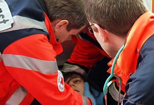paramedix 29 Ambulancier : le site de référence Ambulance, le brancard et le sens inverse