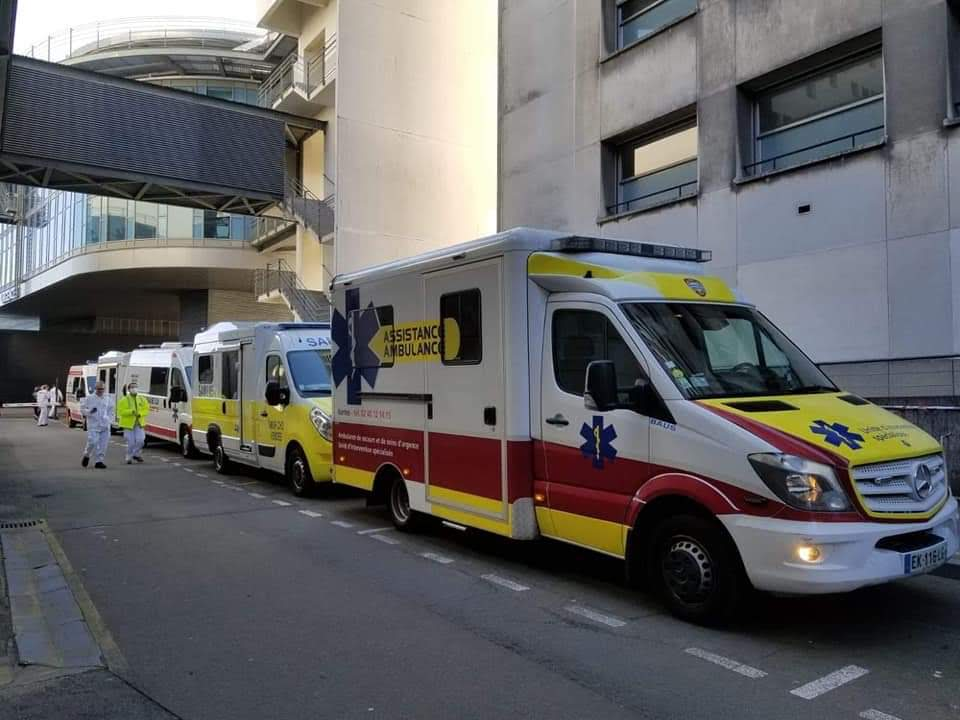 assistance-ambulance-noria-covid-19-tgc-medicalisé-ambulancier-le-site-